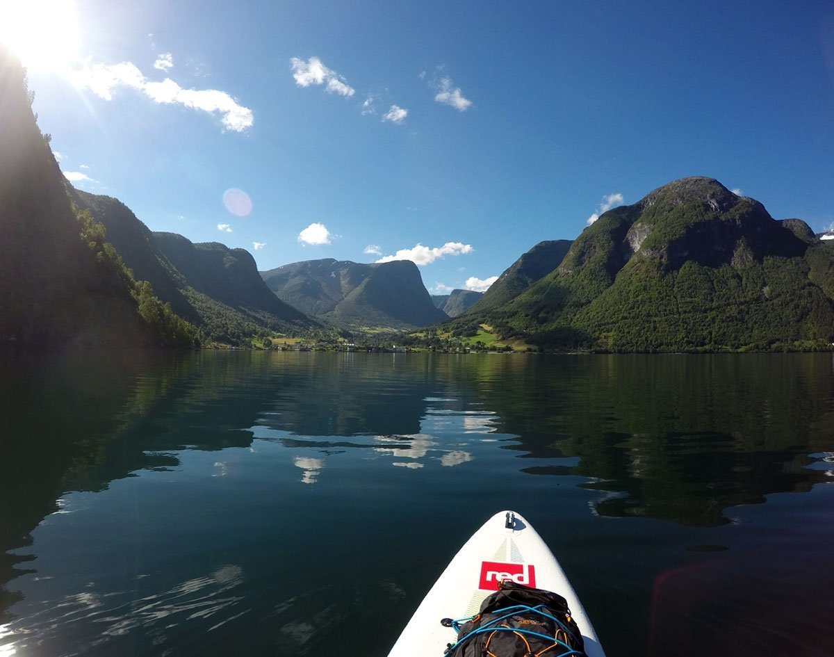 aurlandsfjord-paddleboarding